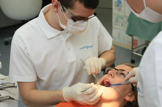 Zubní klinika Rafael: Ošetření zubů i složité zákroky zvládneme rychle a bez zbytečné bolesti