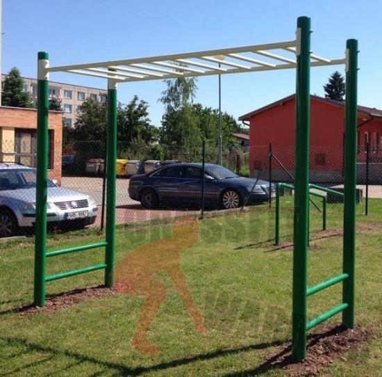 Michal Uher, Ladná: Street workout - žebřík na ručkování