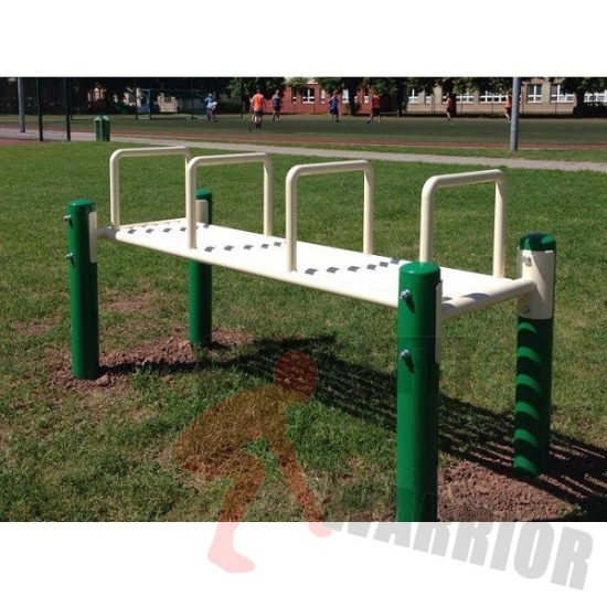 Michal Uher, Ladná: Street workout - lavice s úchyty