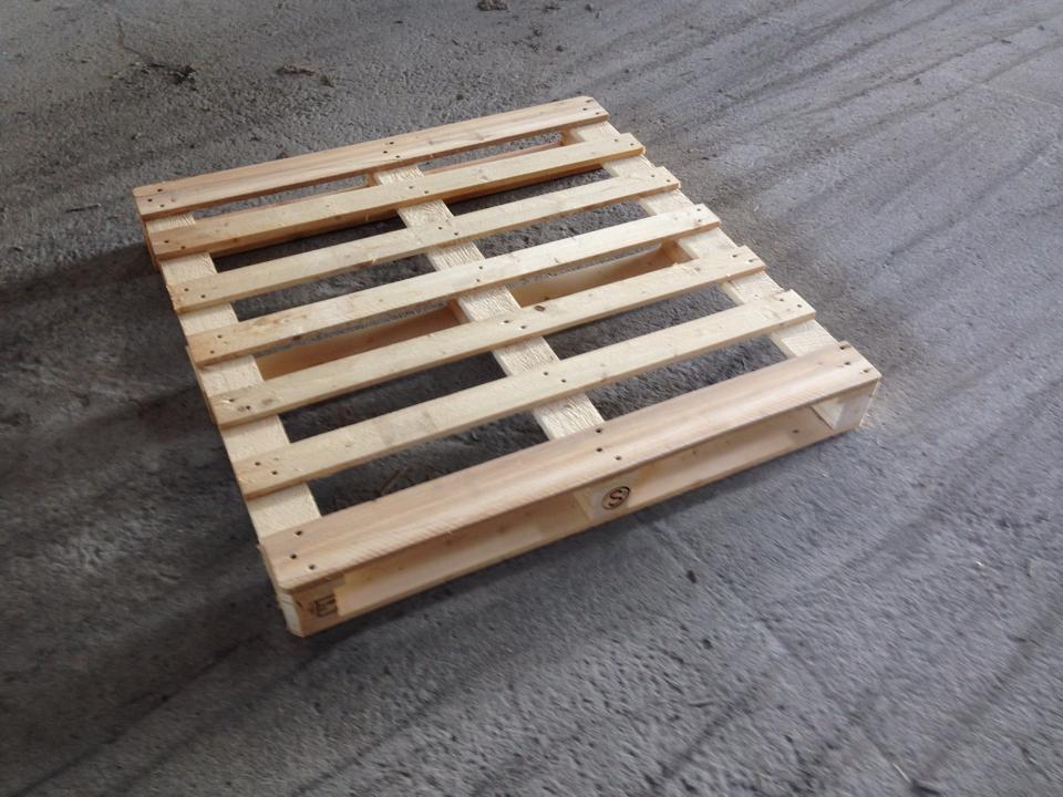 dřevěné palety, bedny a obaly