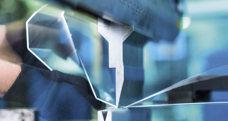 ohraničování plechů CNC
