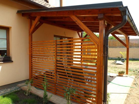 Dřevěné ploty, terasy i pergoly na míru každé rodině