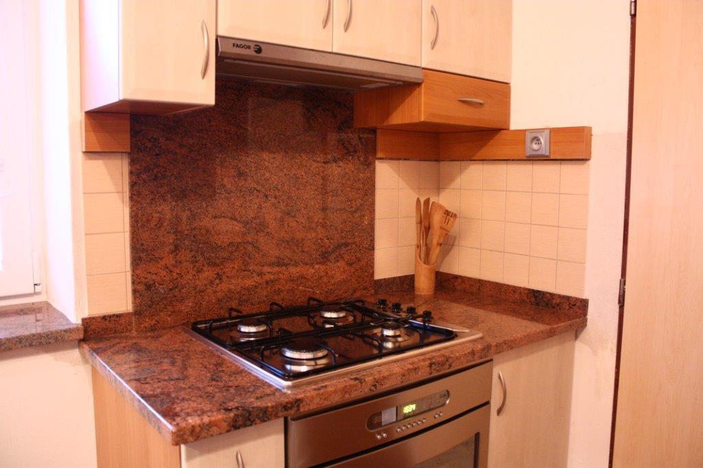Kamenictv� a kamenosocha�stv� s tradic�: Pomn�ky i kuchy�sk� desky