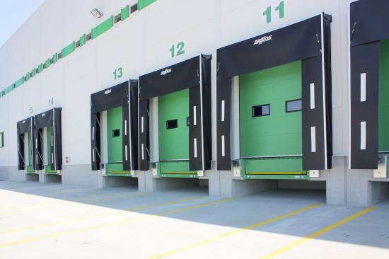 Automatické dveře a vrata i kompletní dveřní systémy z dílny české firmy SPEDOS s.r.o.