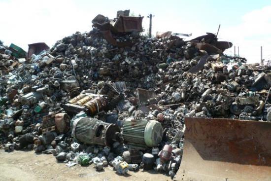 Výkup kovového odpadu zajišťuje firma HULMAN – kovošrot Pohořelice