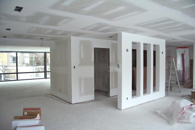 Kompletn� rekonstrukce dom� a byt� � od koupelen po p�dn� vestavby