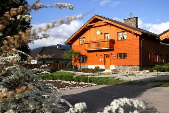 Chystáte se navštívit termály Bešeňová, Tatralandia nebo Západní a Nízké Tatry? Máme pro Vás ubytování!