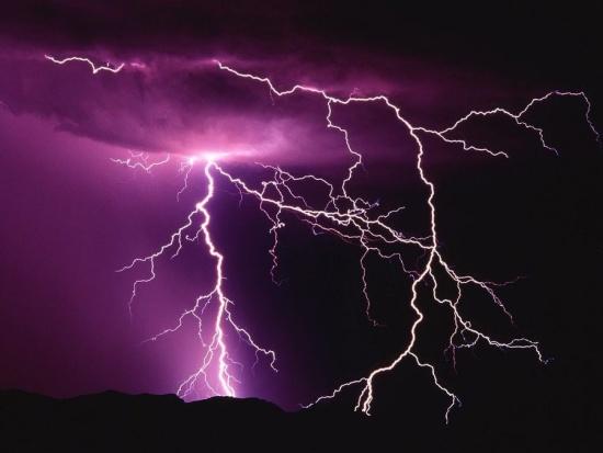 Ochrana před bleskem a přepětím, elektroinstalace i prodej materiálu