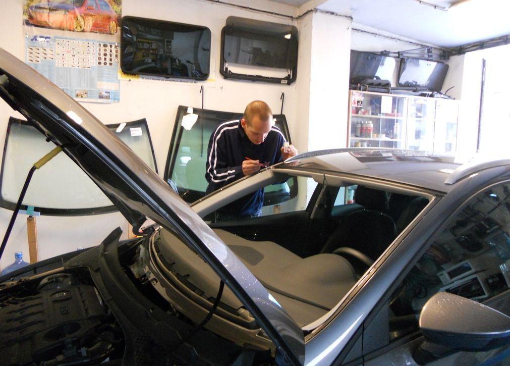 výměna, opravy i tónování autoskel