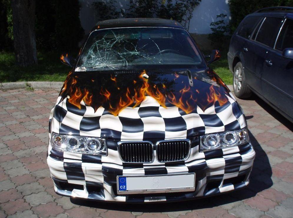 opravy i tónování autoskel