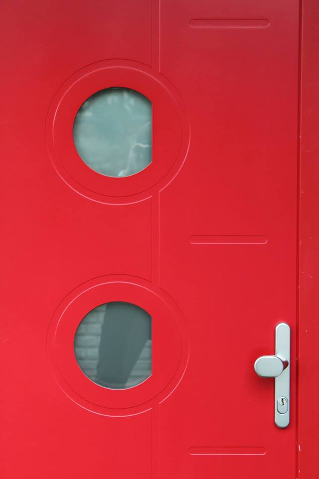 Plastové vchodové dveře i hliníkové dveře vám zajistí bezpečí a pohodu