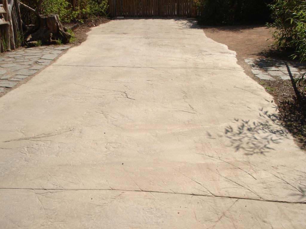 ražená betonová dlažba