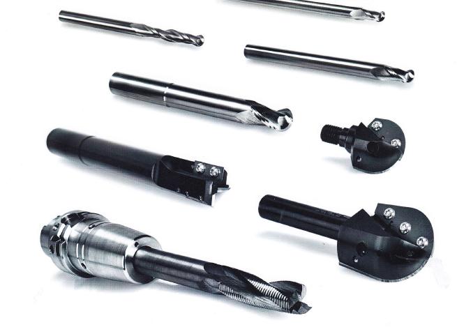 Standardní i speciální zakázkové dřevoobráběcí nástroje vyrábí Vydona