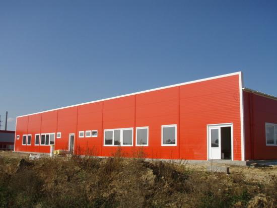 Dodávka a montáž ocelových hal a opláštění budov