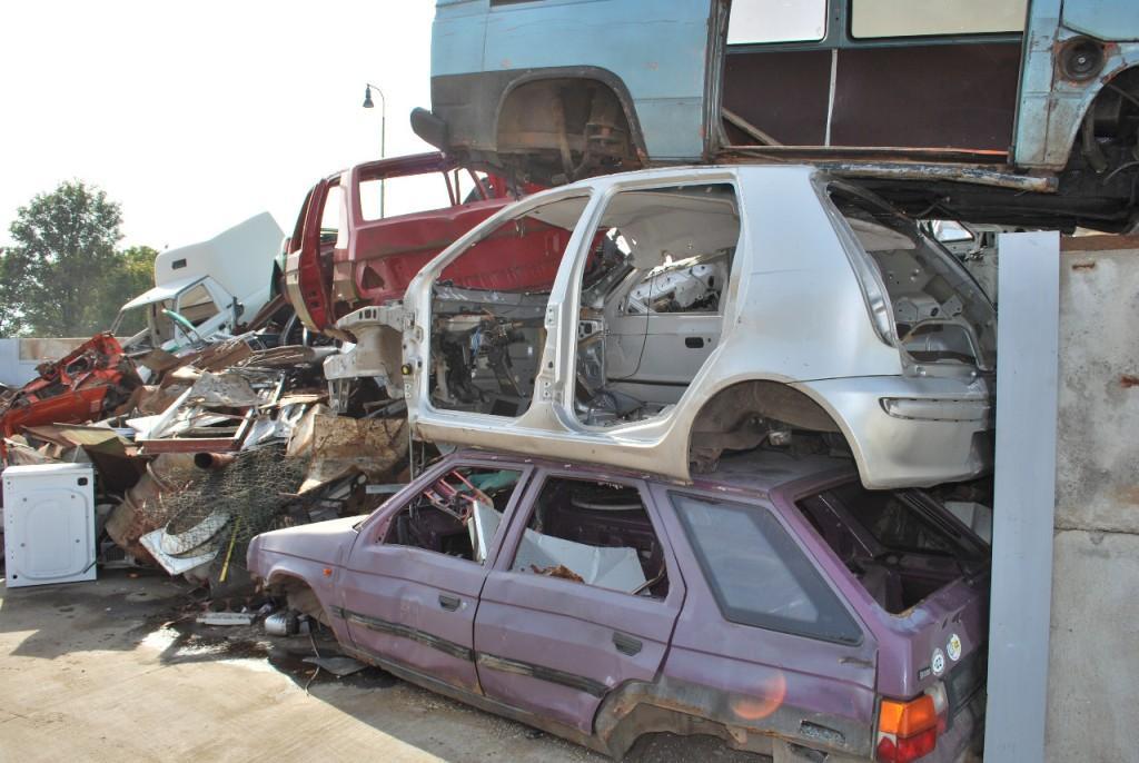 V�kup autovrak� i ekologick� likvidace autovrak� ve m�stech �amberk a Letohrad