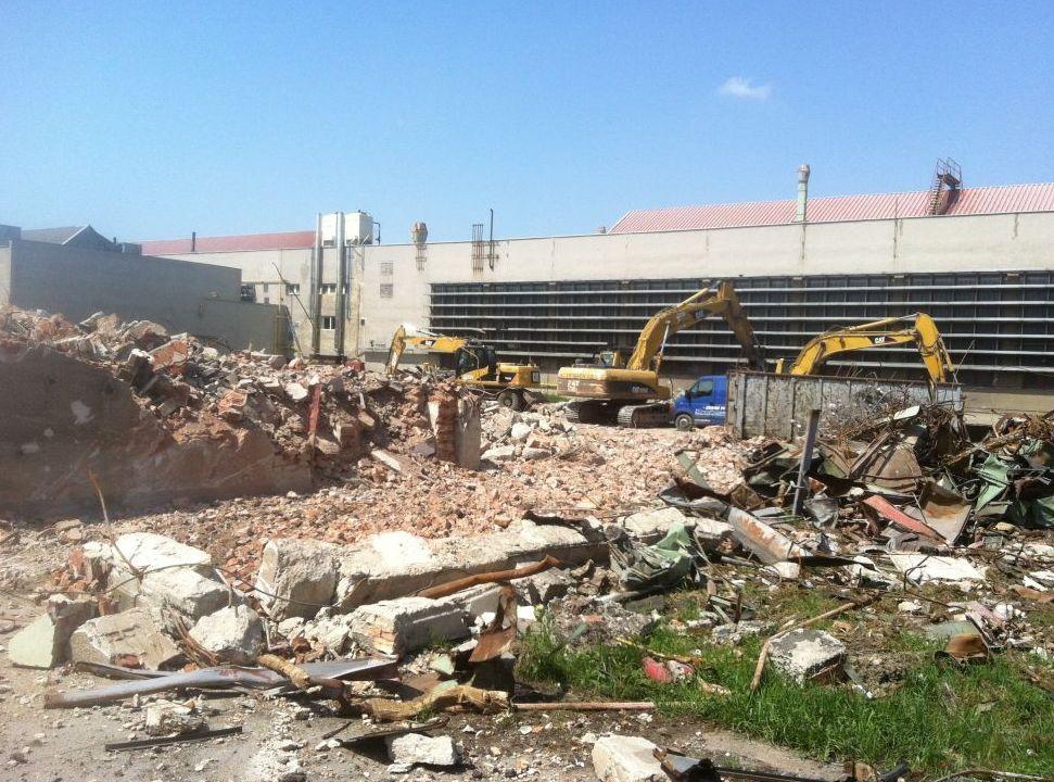 demolice skladových budov, hal