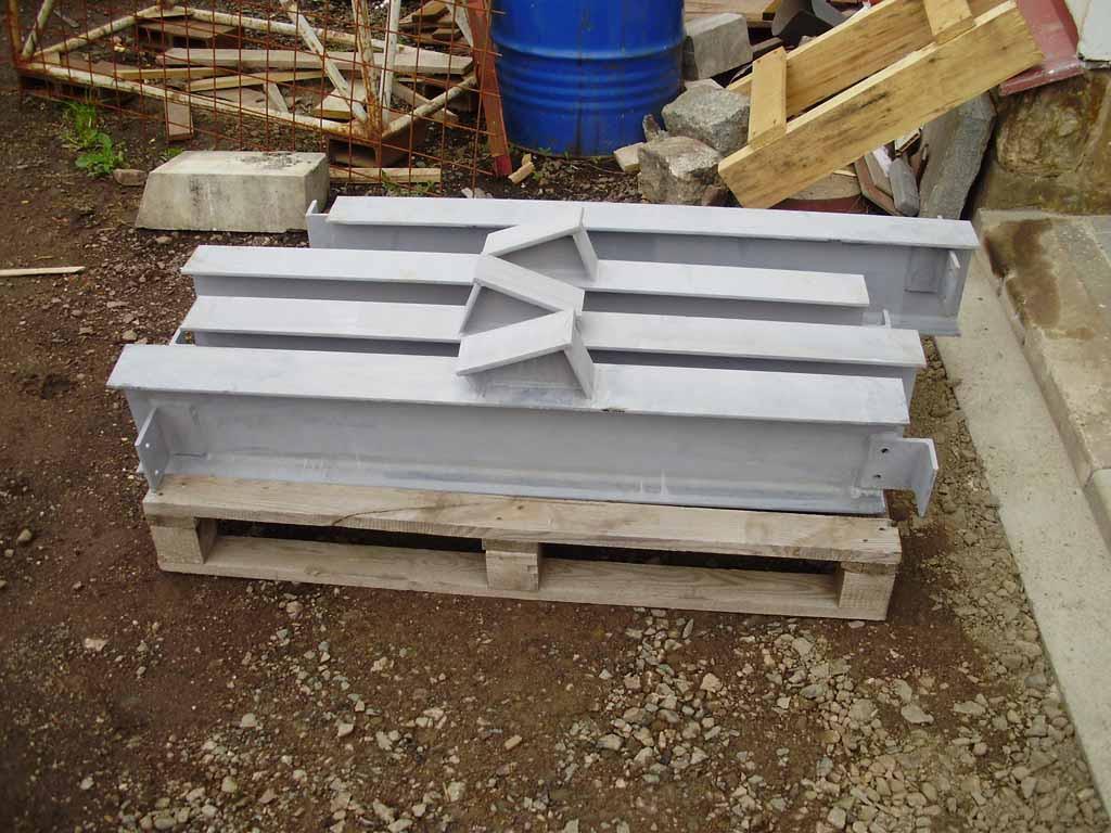 Z�me�nick� pr�ce, v�roba ocelov�ch konstrukc� �i prodej hutn�ho materi�lu