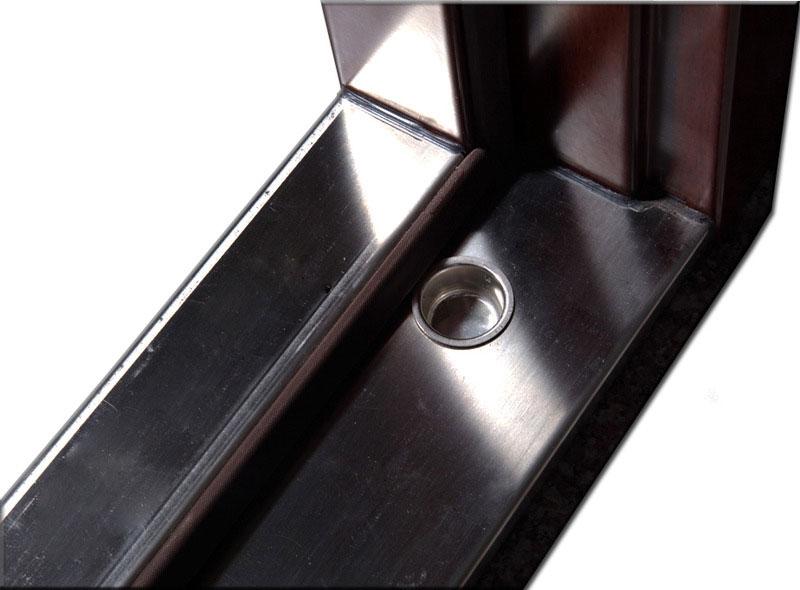 Spolehlivé a odolné dveře Securidoors nepustí dovnitř žádného zloděje.
