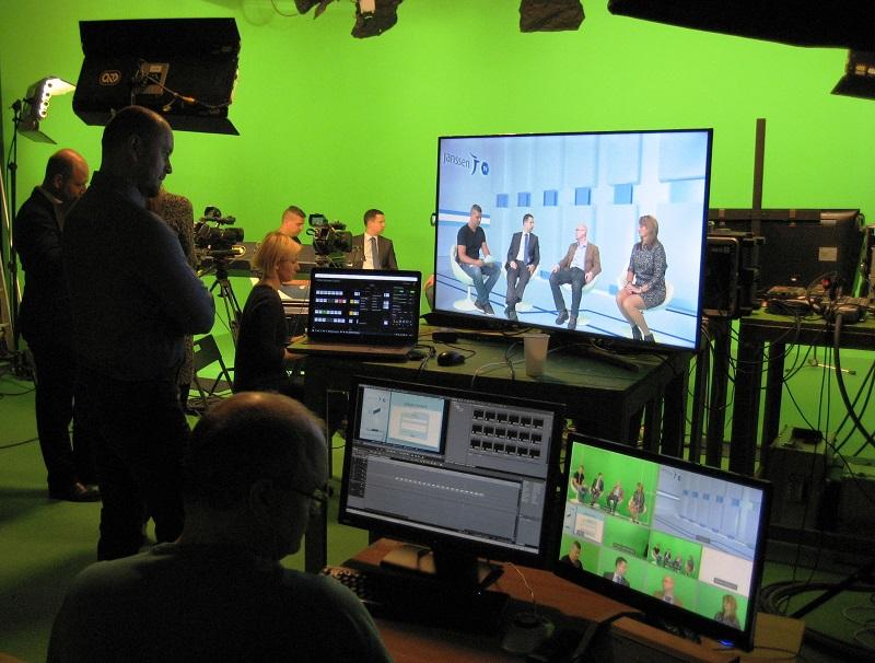 On-line přenosy z virtuálního studia pro panelové diskuze, přednášky, internetové kurzy a mnoho dalšího