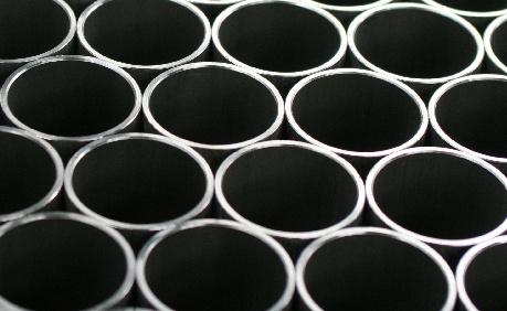 Produzione e vendita di profili e tubi di parete sottile in acciaio saldato