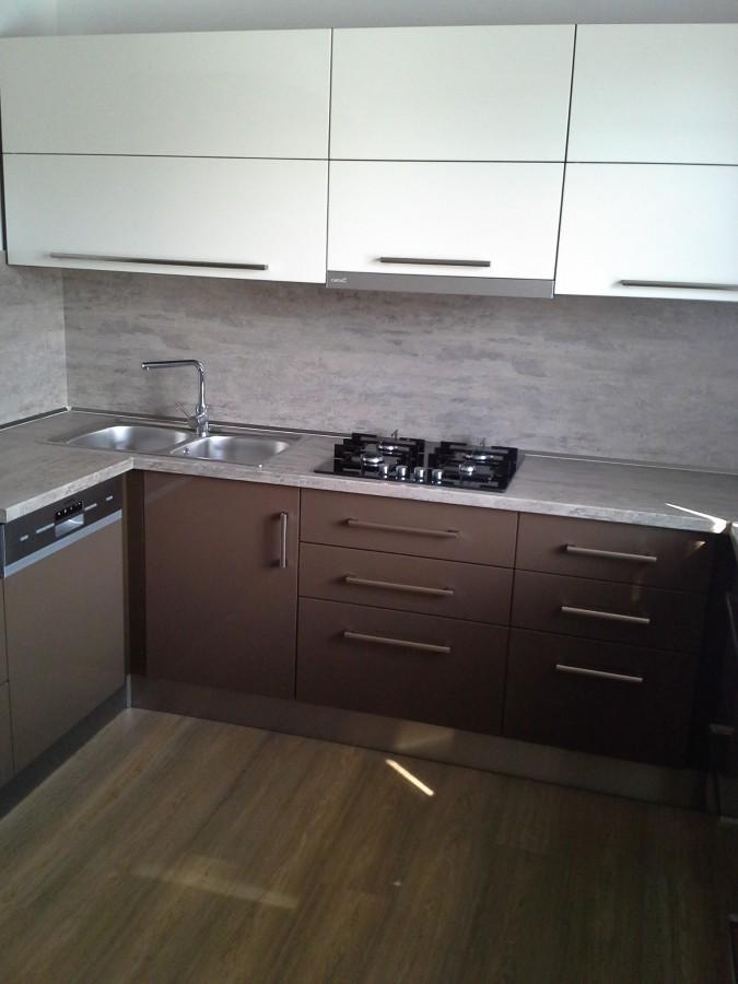 praktické a moderní kuchyně