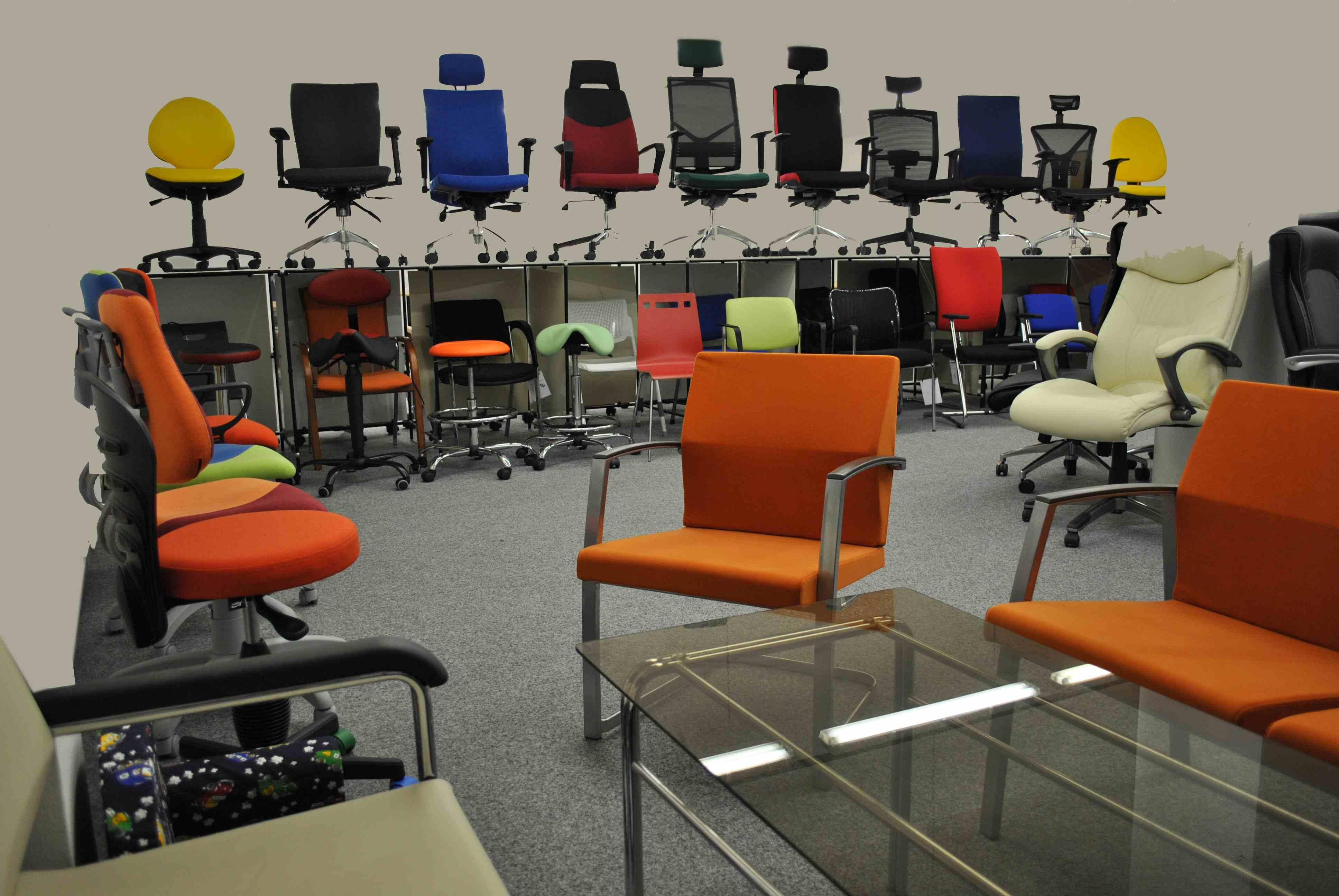 Zdravotnické židle od českého výrobce zajistí oporu i pohodlí