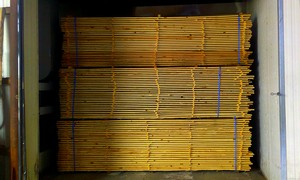 Sušení řeziva, výroba přířezů i hoblování - vše okolo dřeva vám zajistí společnost Fabri-Moravia