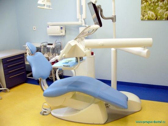Dentální implantologie vám vrátí zářivý úsměv