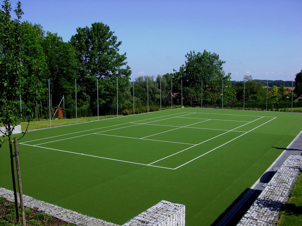 Um�l� koberec Playrite je pro tenisov� kurty efektivn�m �e�en�m