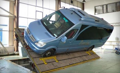 Schvalov�n� zvl�tn�ch vozidel i technick� zkou�ky stroj�