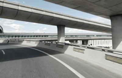 Opravy komunikací Praha - zacelení trhlin i spár chodníků a silnic