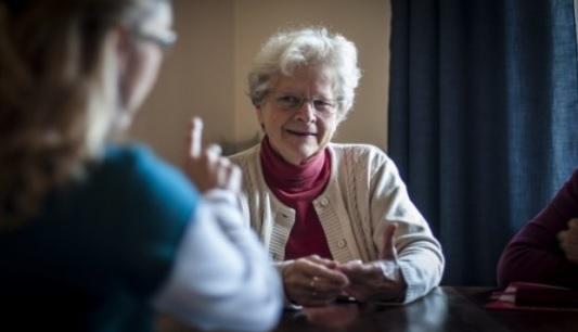 Péče o afatiky musí být dlouhodobá. Pomůže odborná pomoc