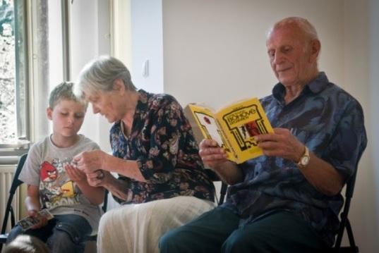 Denní stacionář pro seniory a školka pro děti s logopedickou péčí