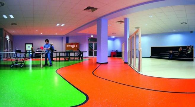 Čištění a renovace podlah a povrchů