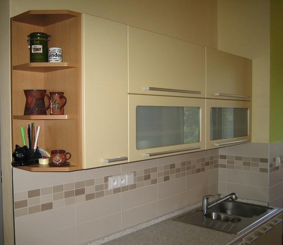Moderní i klasické kuchyně na míru