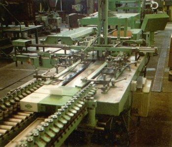 Stroj�rna Kukleny: Zak�zkov� v�roba stroj� i sou��st�, jako jsou p�evodovky, pohony �i �erpadla