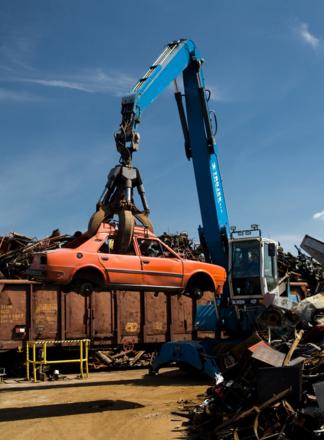 Zajistíme sběr vyřazených autobaterií i likvidaci vozidel na našem specializovaném autovrakovišti.