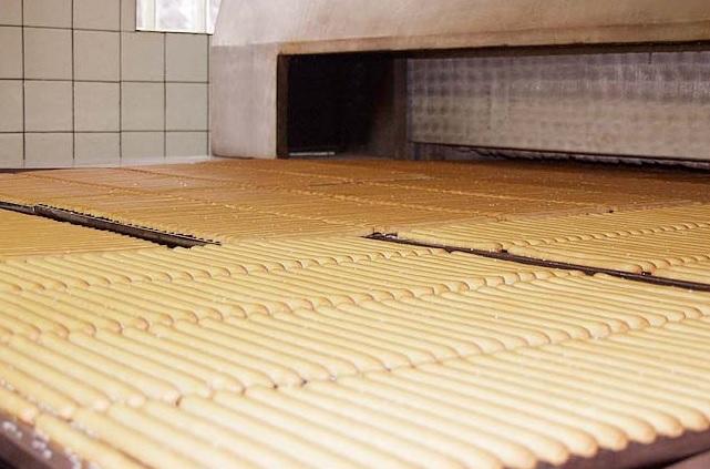 Slané tyčinky přímo z pece