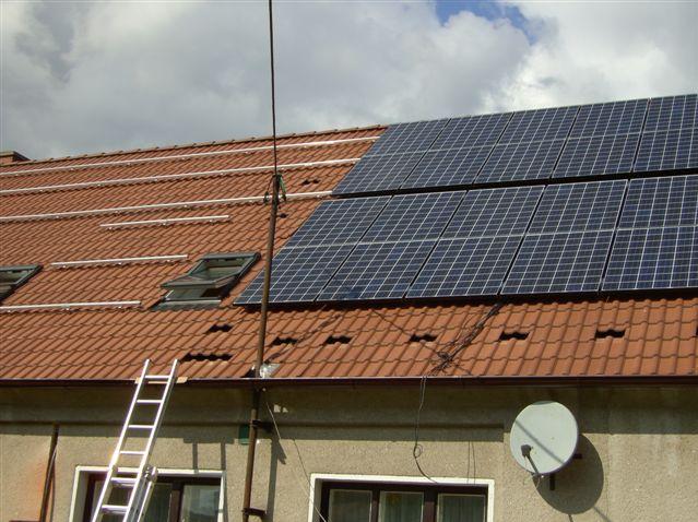 Klimatizace a další vzduchotechnika CARRIER zajistí příjemnou teplotu doma i v práci