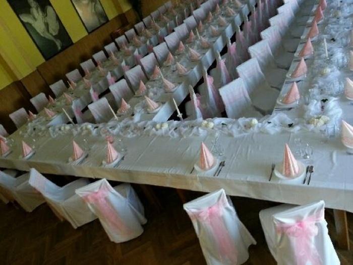 Svatby, oslavy či firemní akce? Žádný problém, zajistíme catering až pro 500 osob.