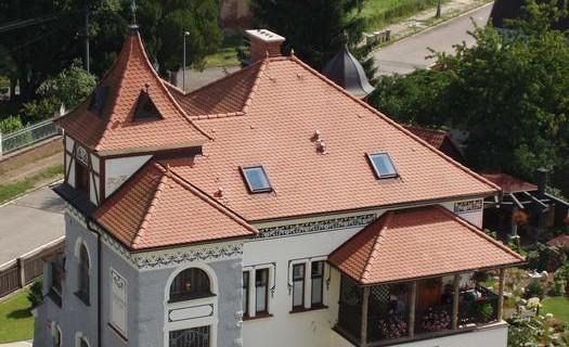 Kvalitní a pevnou střechu postaví firma DÖRR STŘECHY
