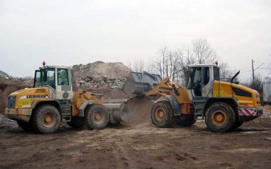 Zajistíme také zemní práce pomocí nejrůznější techniky.