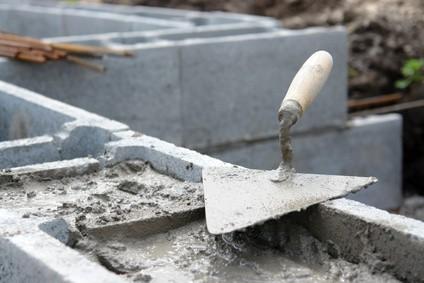 Stavebniny, stavební chemie, střešní krytiny