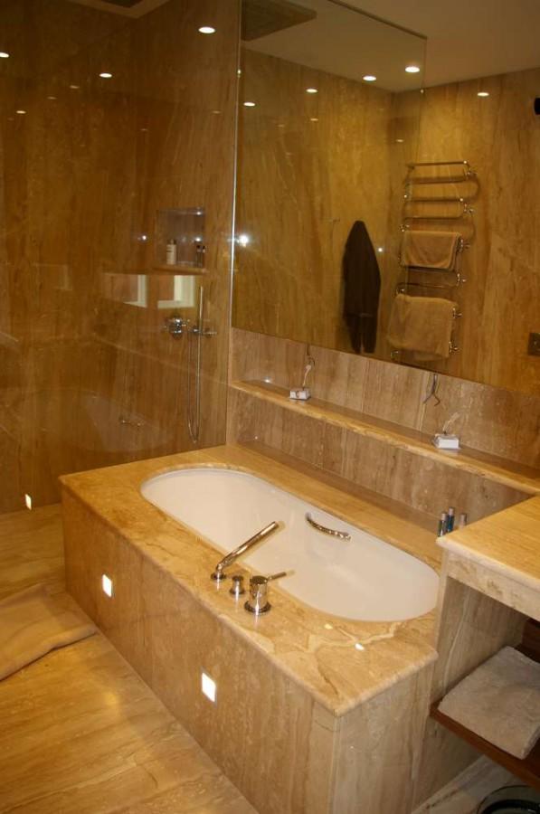 Krby, koupelny i dal�� kamenn� bytov� prvky na zak�zku vyrob� PRVN� KAMENIA CZ