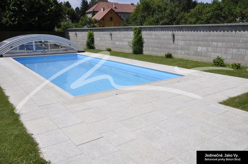 Najdete u nás kulaté, oválné, obdélníkové či atypické plastové bazény.