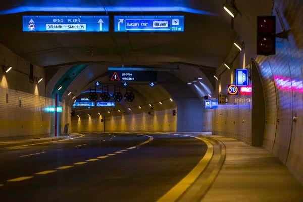ELTODO - dopravní systémy i osvětlení