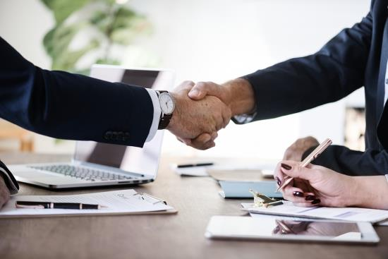 Kompletní vedení účetnictví zajistí EKMA PLUS Praha