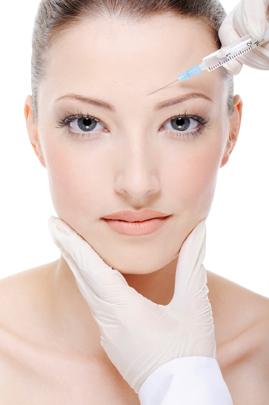 Jak na vr�sky? Zkuste botulotoxin od centra estetick� medic�ny Esthetic Medical Praha!
