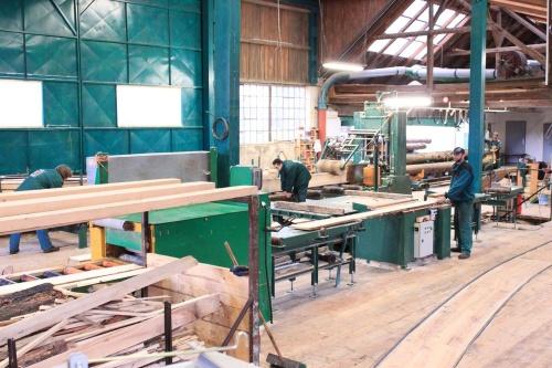 Stavební, palubkové a truhlářské dřevo dodává Pila Hartman Choteč.