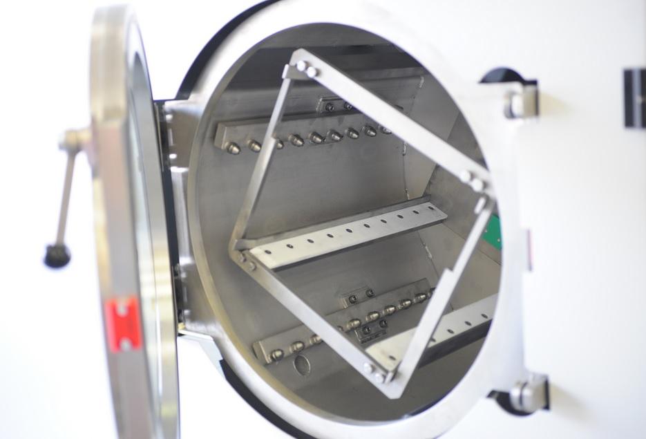 Průmyslové odmašťování pomocí zařízení ATOLL